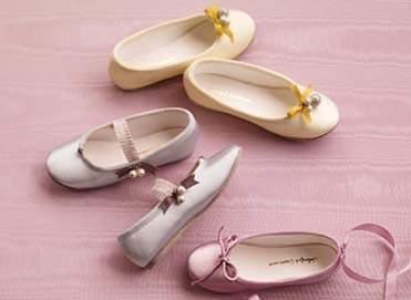 Zapatos para las niñas de cortejo