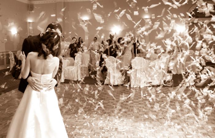 6 Canciones que harán inolvidable tu primer baile