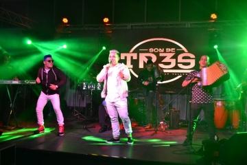 SON DE TR3S  Group-Vallenato