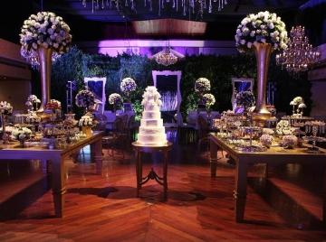 Catering de postres especializado en pastelería y repostería fina para celebrar
