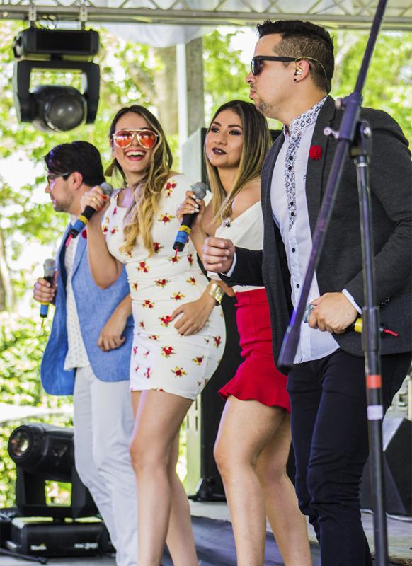Los mejores tips para contratar al  grupo musical de tu boda