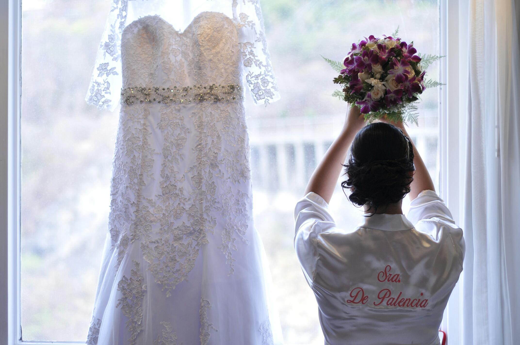 Una idea chic: Paraguas para tu boda
