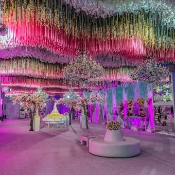 Diseñamos tu boda y hacemos tu sueño realidad.